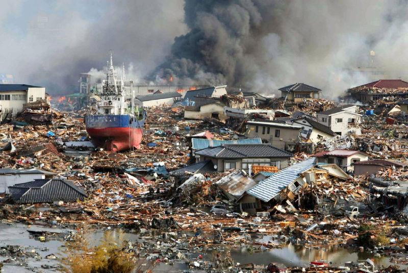 yaponia-tsunami-2011