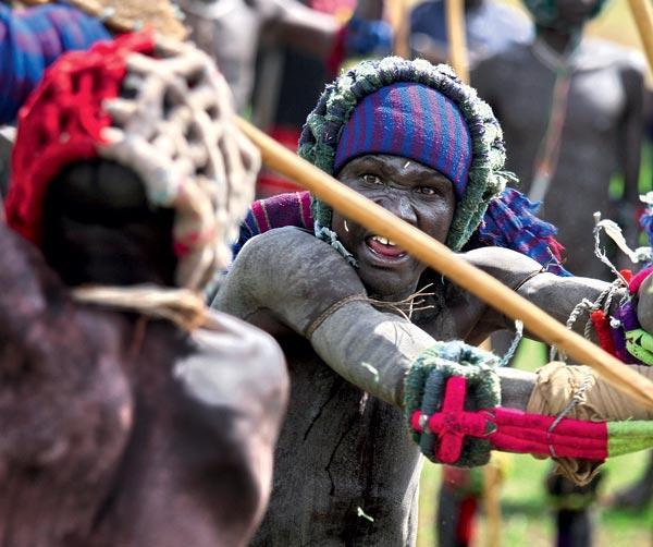 Нигерия побить палками