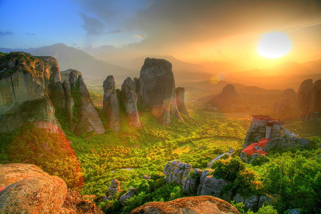 Скалы-метеоры-Греция