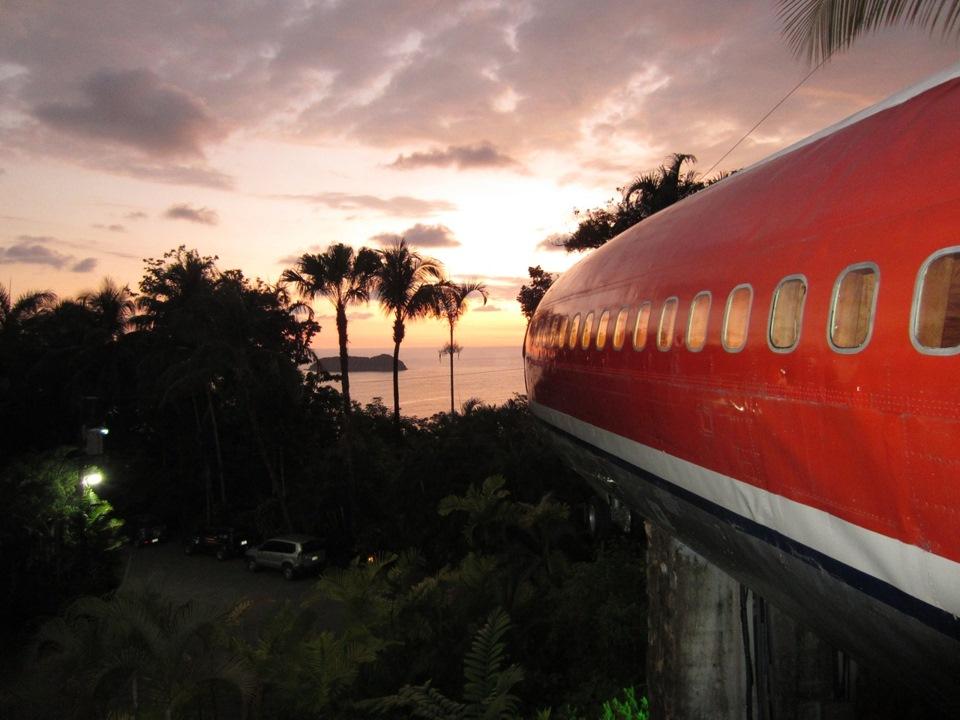 Гостиница-самолет, Коста-Рика