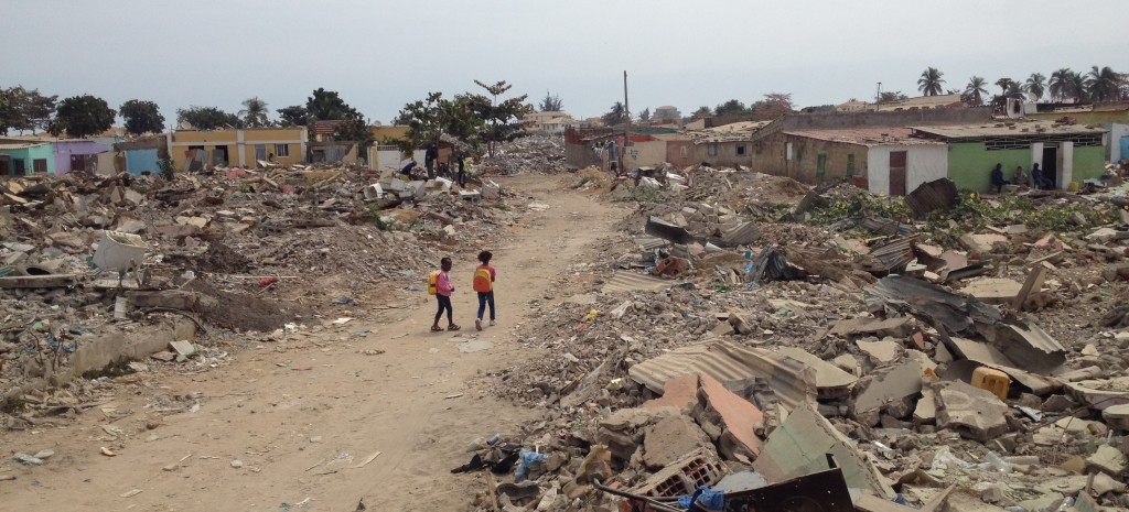 Луанда, Ангола