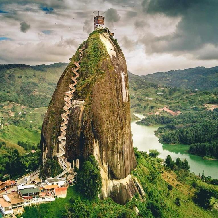 Пьедра-дель-Пеньоль, Колумбия