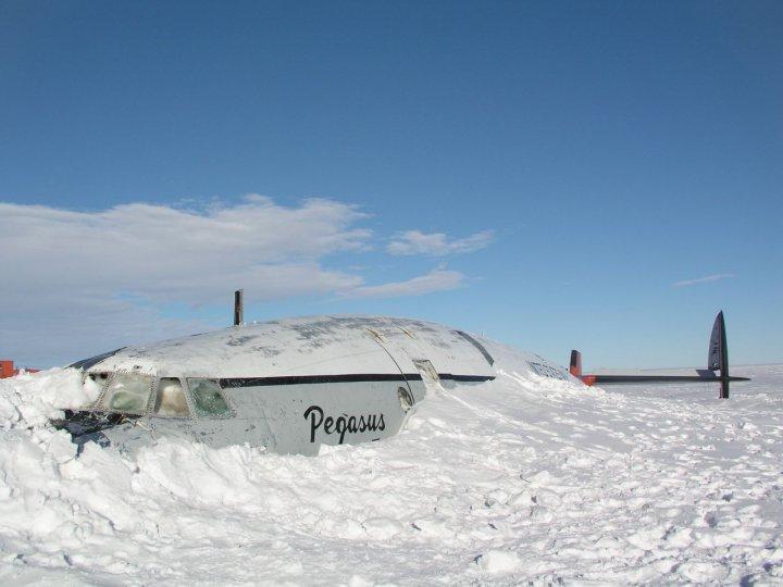 Авиационная Станция Мак-Мердо, Антарктида