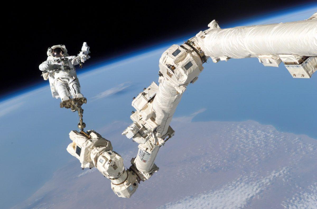 космонавтов в космосе