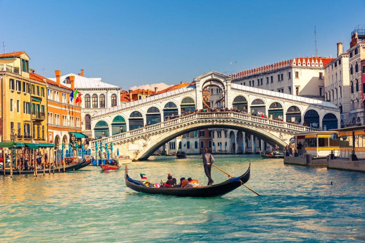 Визит в августе венеция