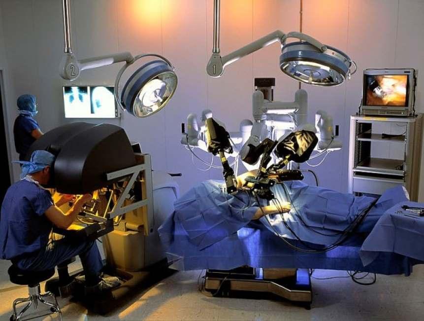 Робот-хирурги убили 144 человека в период с 2000 по 2013 год (США)
