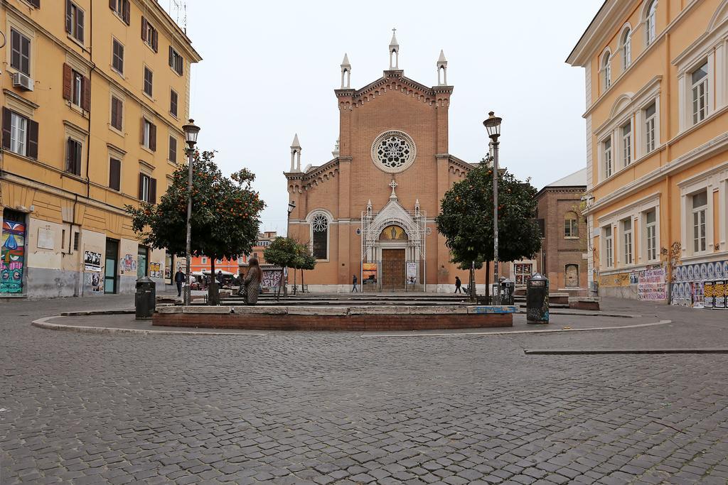 модный район Сан-Лоренцо в Риме