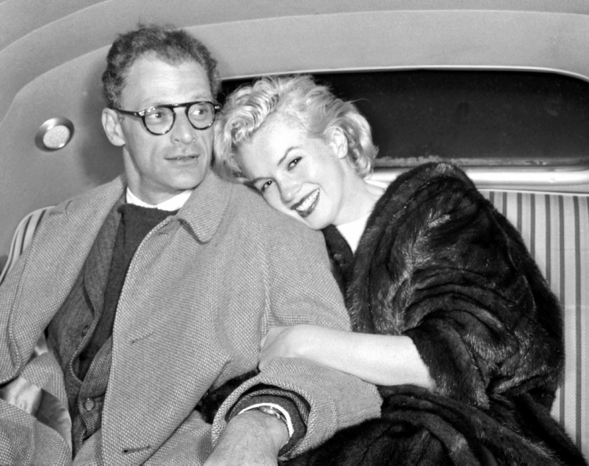023-marilyn-monroe-and-arthur-miller-theredlist