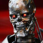 10 случаев убийства людей роботами