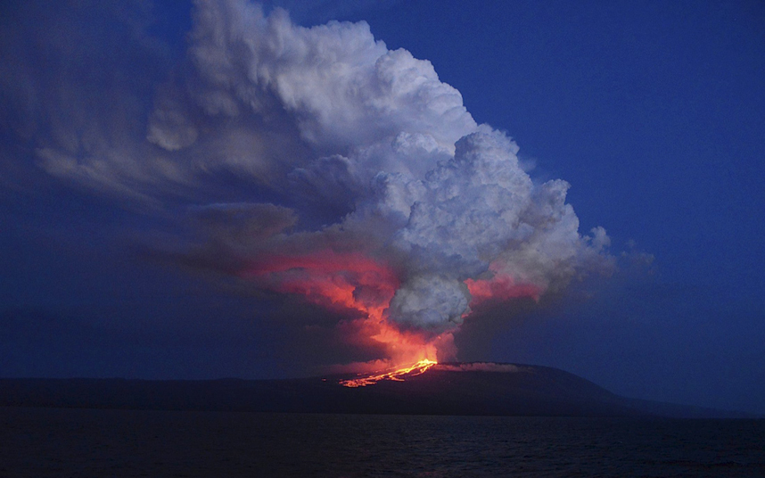 Вулкан Вольф