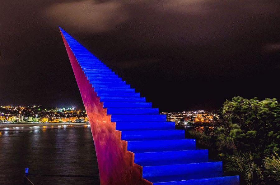 Лестница в небо, Дэвид Маккракен, Бонди, Австралия