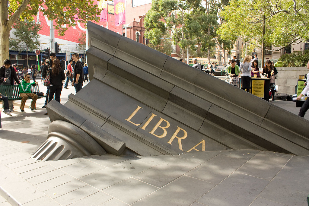 Sinking Building, Мельбурн, Австралия