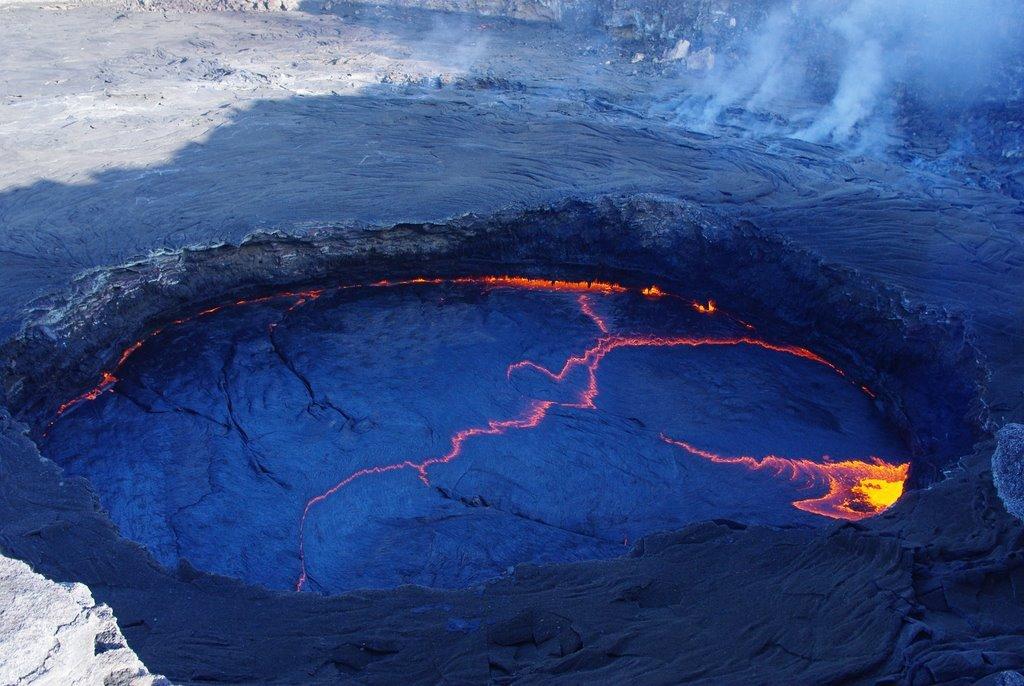 озеро вулкана Эрта Але.