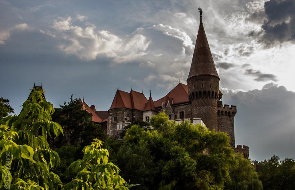 Замок Хуньяд, Румыния