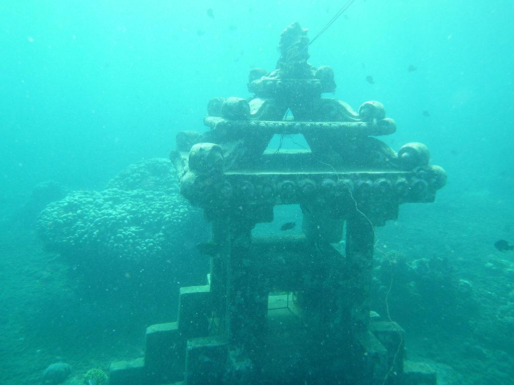 Храм Озера Титикака, Перу