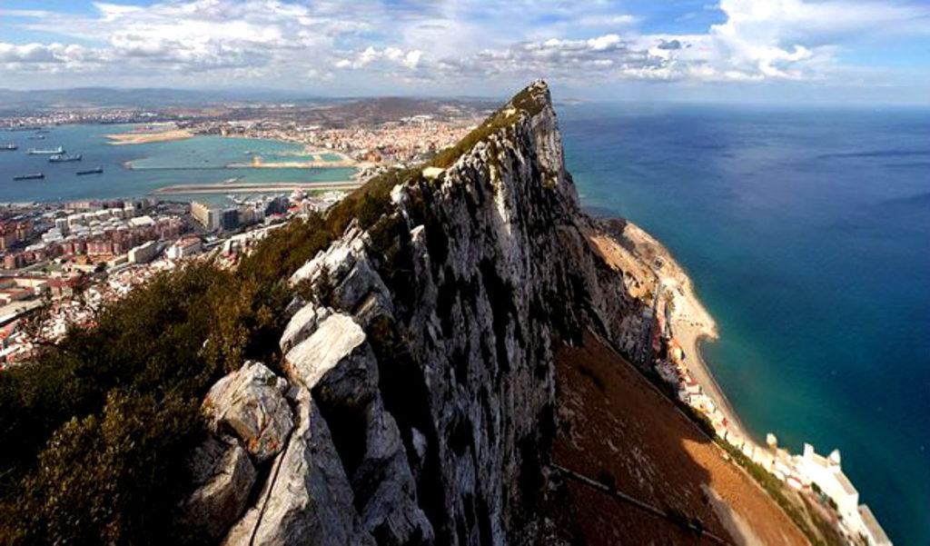 Гибралтар, Великобритания
