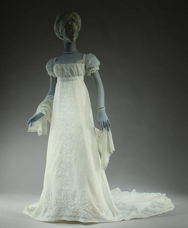 Муслиновые платья