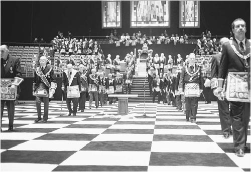 Что происходит на современных масонских собраниях