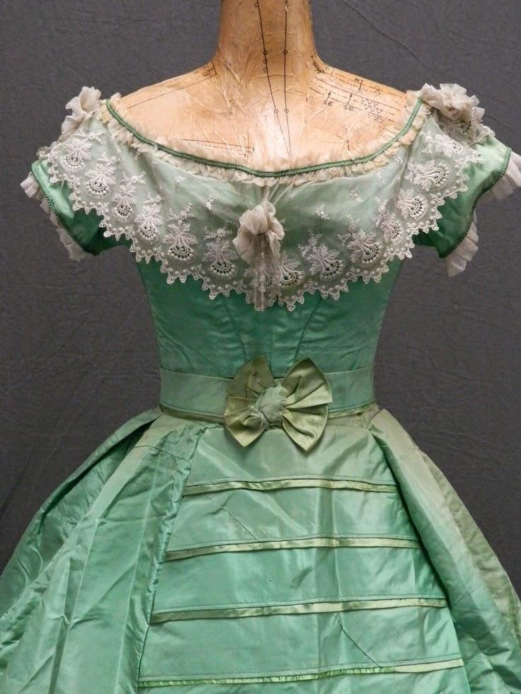 Платья с мышьяком