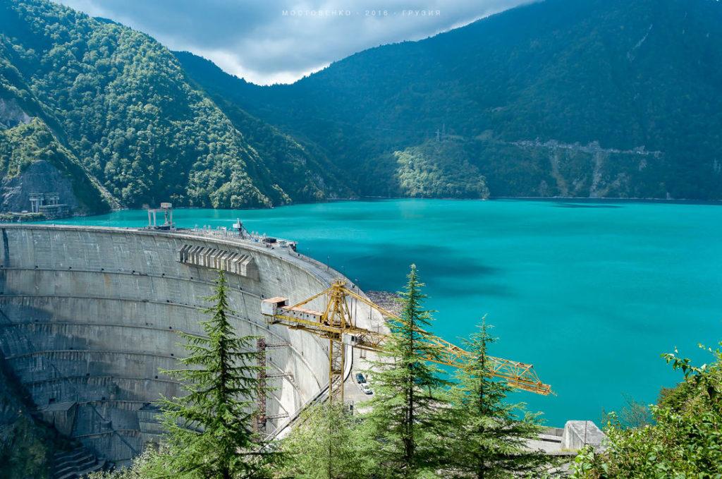 Плотина Ингури, Грузия -271,5 метра