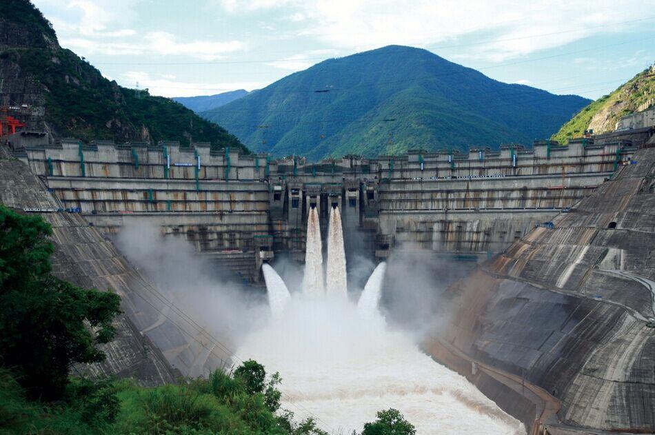 Плотина Сяовань, Китай