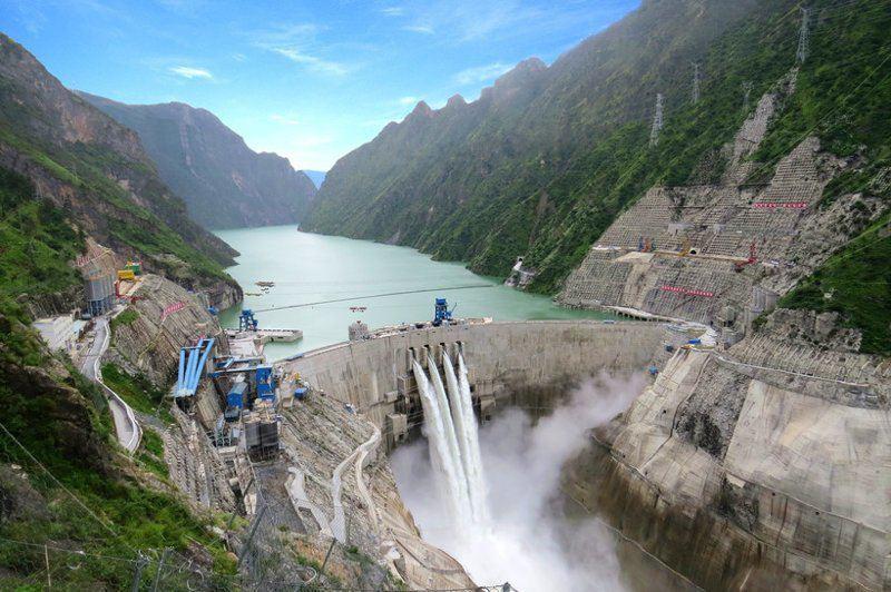 Плотина Цзиньпин-И, Китай