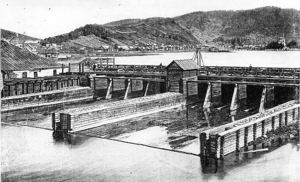 Первые крупные плотины