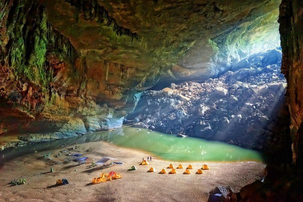 Пещера Сон Донг, Вьетнам