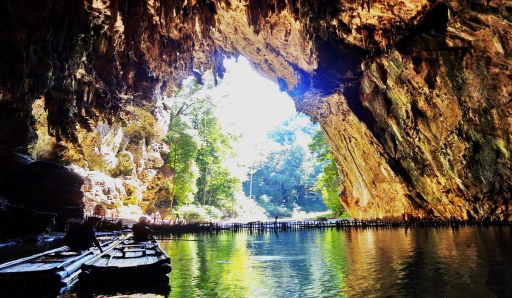 Пещера Там Лод, Тайланд