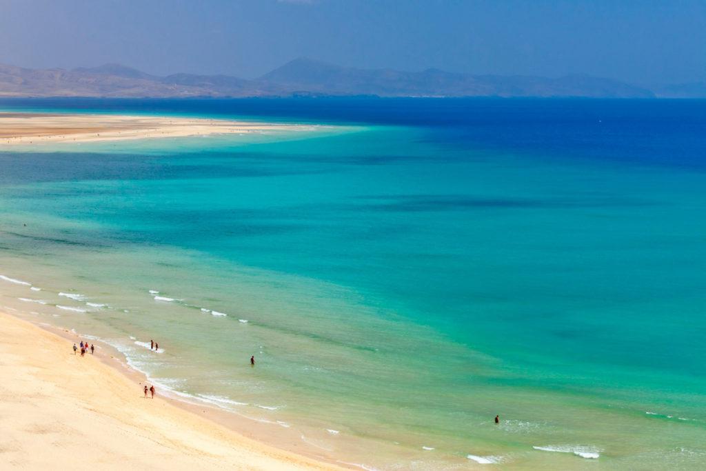 Пляж Эль-Салер