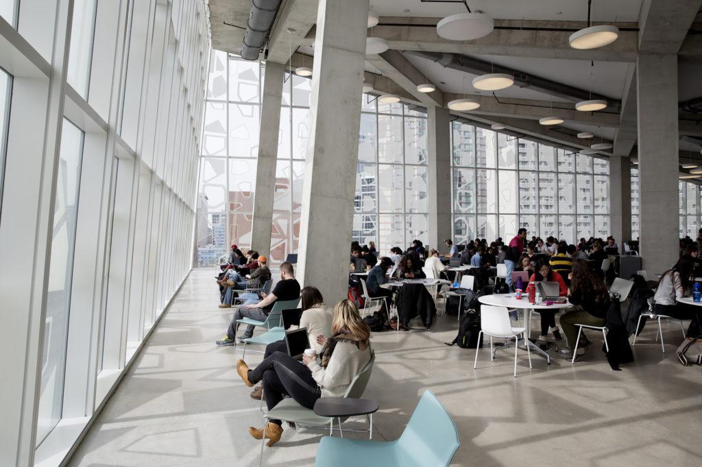 Университет Райерсона, Торонто, Канада