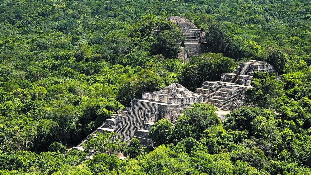 Храм Калакмуль