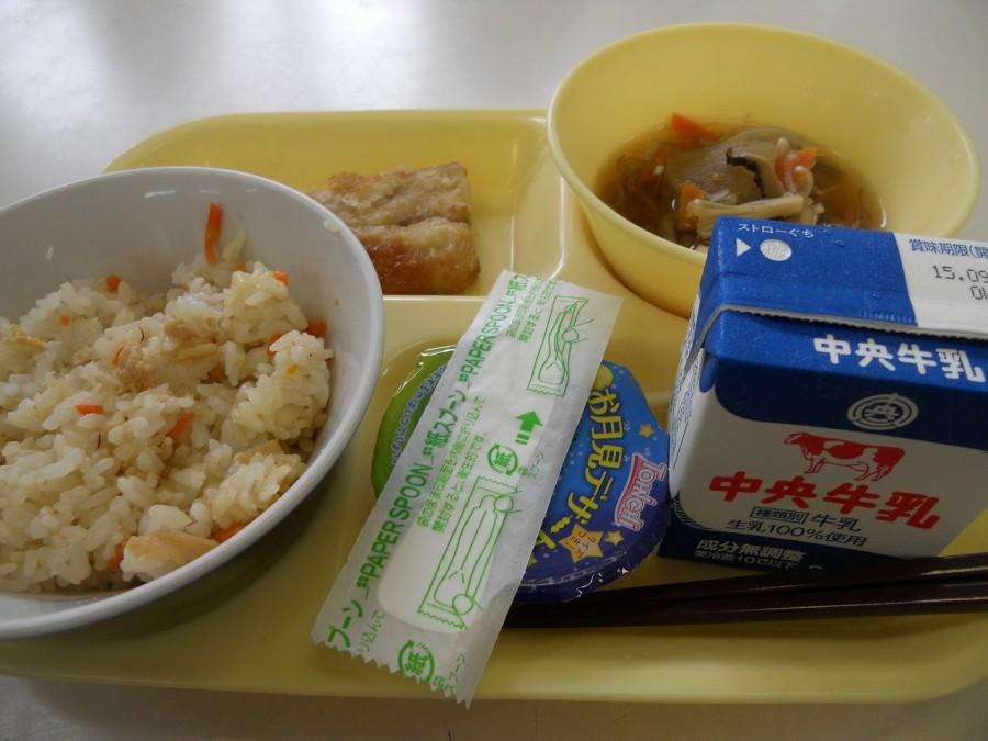 школьный обед Япония