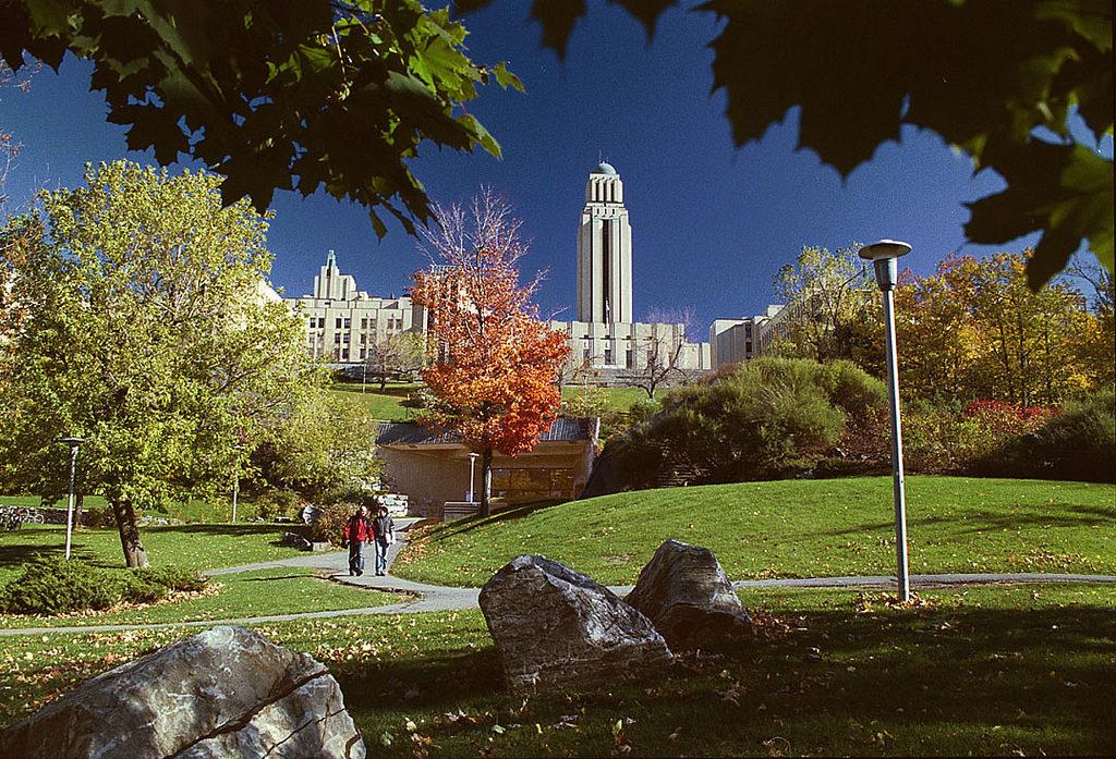 Университет Монреаля, Канада