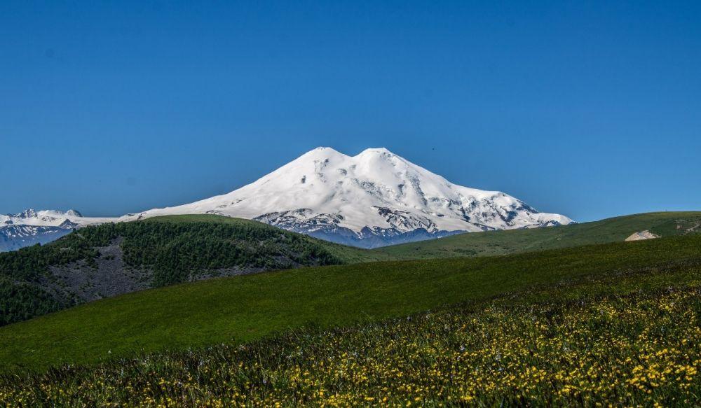 Склоны горы Эльбрус, Кабардино-Балкарская Республика