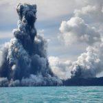 Невероятные подводные вулканы мира