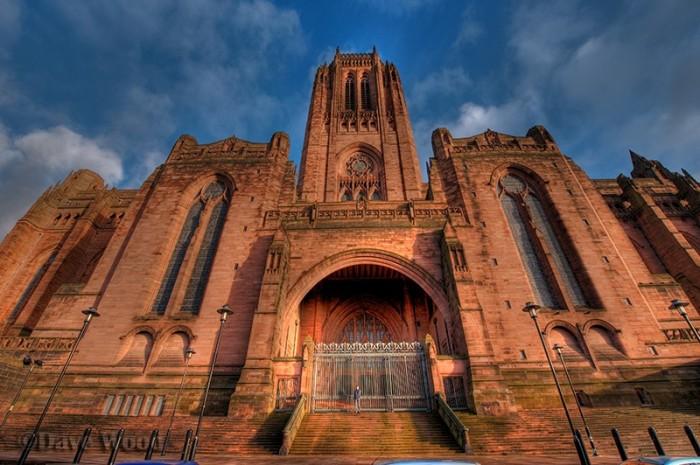 Ливерпульский собор, Великобритания, 9687 кв.м.