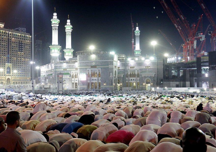 Поклонение другой религии