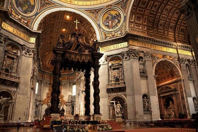 Собор Святого Петра, Ватикан, 15160 кв.м.