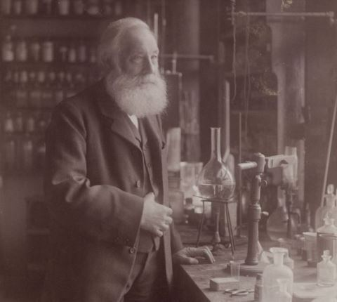 Уильям Генри Перкин