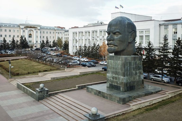 Статуя Ленина улан Удэ