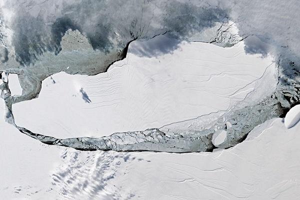 Самый большой айсберг, который оторвался от Антарктиды
