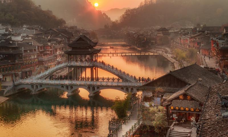 Солнце встает в Китае