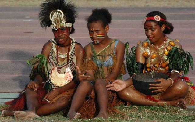 женщины, живущие в Папуа-Новой Гвинее