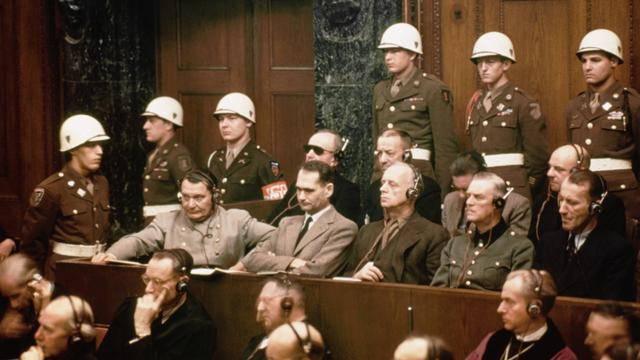 Множество нацистов ушли безнаказанными