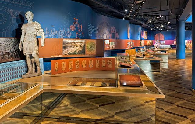 Музей обуви Бата, Канада