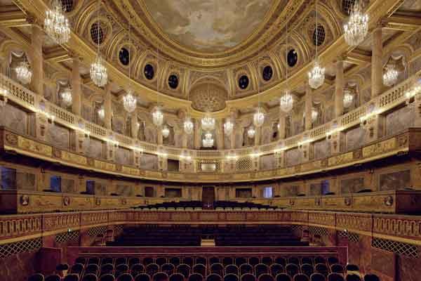 Королевская опера в Версале
