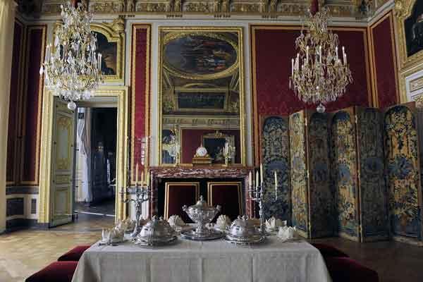 Столовая Версаля