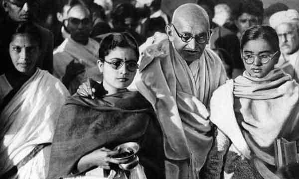 Ганди Боролся с социальным неравенством
