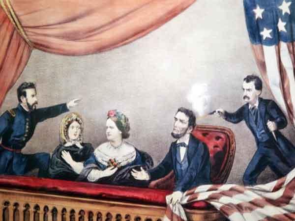 убит президент Авраам Линкольн